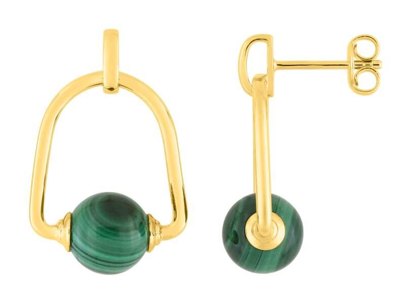 Boucles d'oreilles en malachite Aventure, Murat Paris, 99 €.
