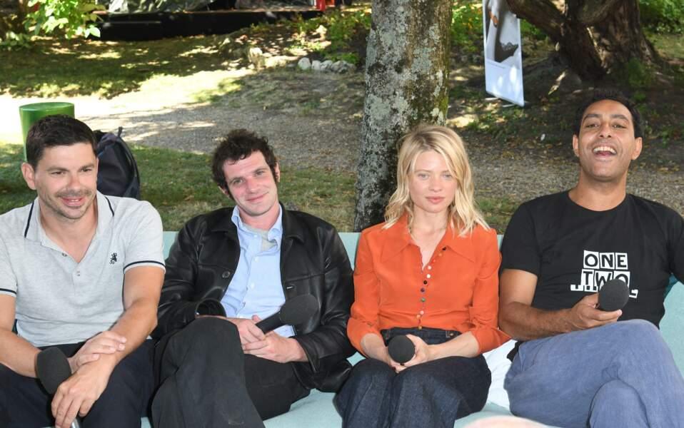 """Mélanie Thierry et l'équipe du film """"Une vraie famille"""" lors du 14ème festival du Film Francophone d'Angoulême."""