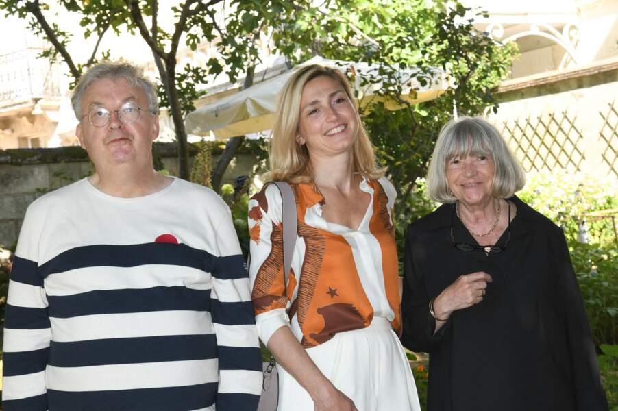 Dominique Besnehard, Julie Gayet et Marie-France Brière, lors du 14e Festival du film francophone d'Angoulême, le samedi 28 août 2021