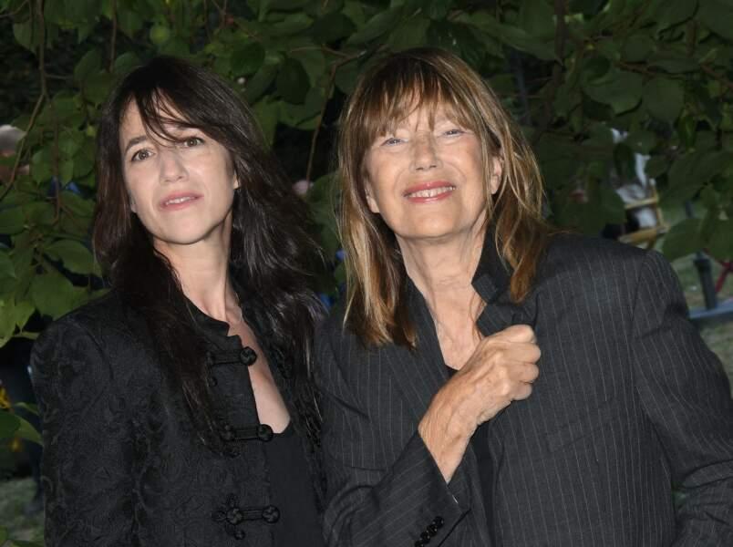 Charlotte Gainsbourg est venue avec sa mère au Festival du Film Francophone d'Angoulême le 27 août