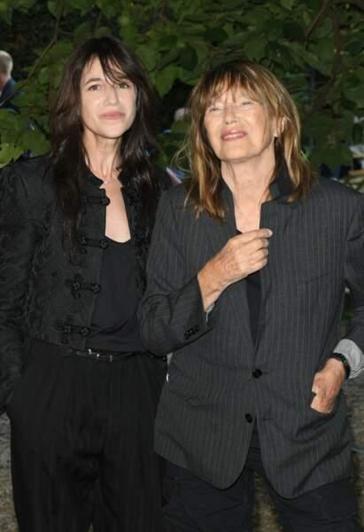 Charlotte Gainsbourg et sa mère Jane Birkin sont venues au Festival d'Angoulême pour la projection du documentaire Jane par Charlotte, le 27 août