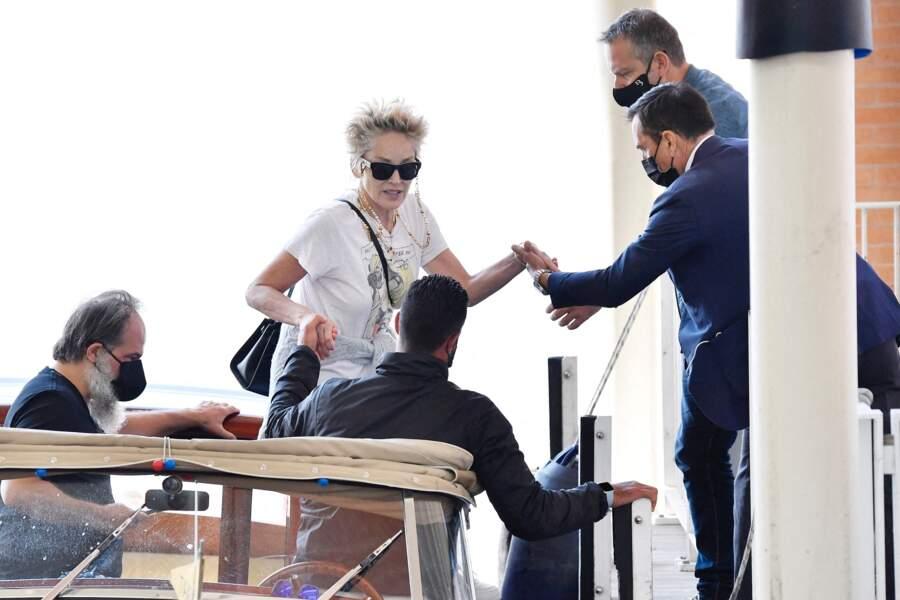 Sharon Stone à son arrivée à Venise pour l'événement Dolce & Gabbana
