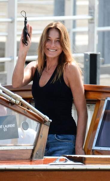 Carla Bruni-Sarkozy arrive  la veille de l'ouverture de la 78ème Mostra de Venise, Italie, le 31 août 2021.