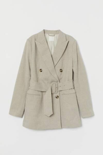 Blazer ceinturé à double boutonnage, H&M, 49,99€