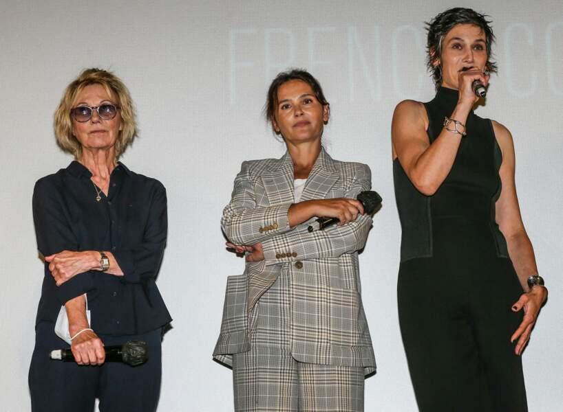 """Miou-Miou, Virginie Ledoyen et Clotilde Hesme à l'avant première du film """"Nona et ses filles"""" lors du Festival Series Mania à Lille le 30 aout 2021."""