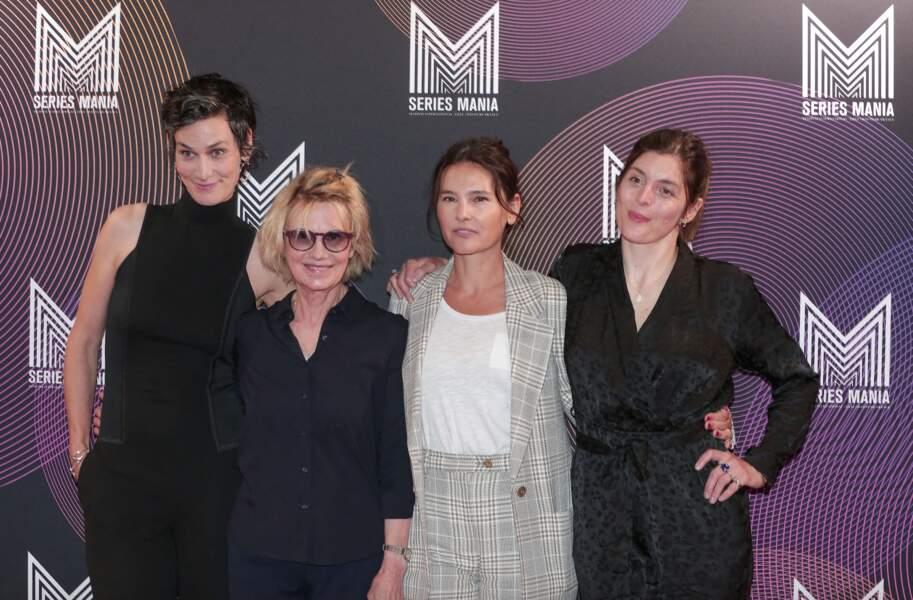 """Clotilde Hesme, Miou-Miou, Virginie Ledoyen, Valérie Donzelli à l'avant première du film """"Nona et ses filles"""" lors du Festival Series Mania, à Lille, le 30 aout 2021"""