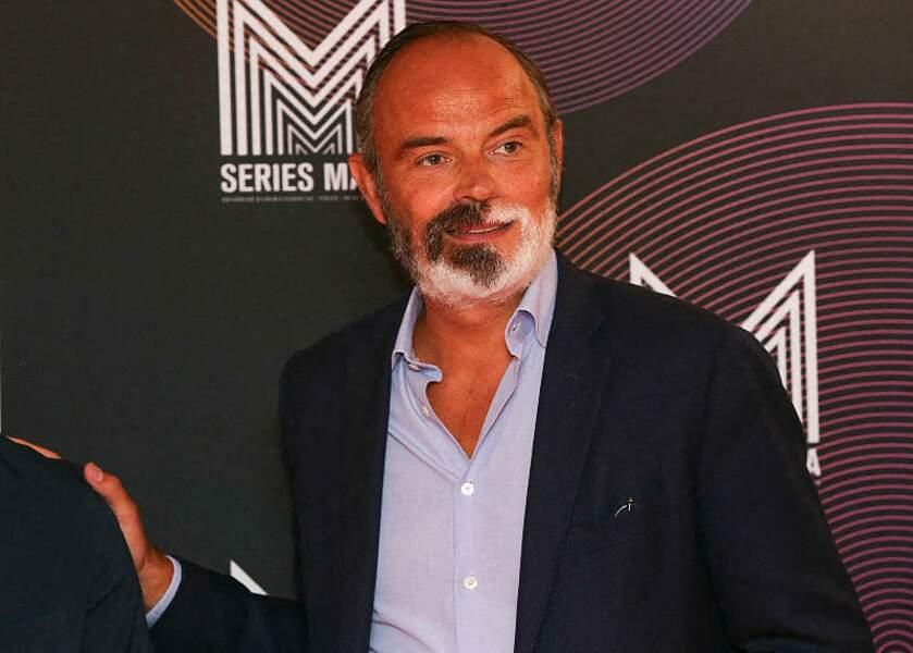 """Edouard Philippe est venu en duo avec Gilles Boyer pour dédicacer son roman éDans l'Ombre"""" lors du Festival Series Mania à Lille, le 30 août 2021"""