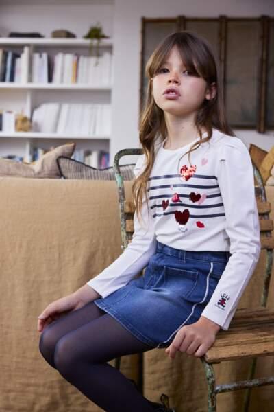 Jupe polyester, 12,99€ et tee-shirt en coton, 9,99€