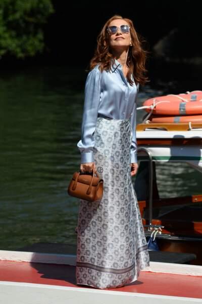 """Isabelle Huppert arriv à Venise pour le film """"Les Promeses"""". Le 1er septembre 2021."""