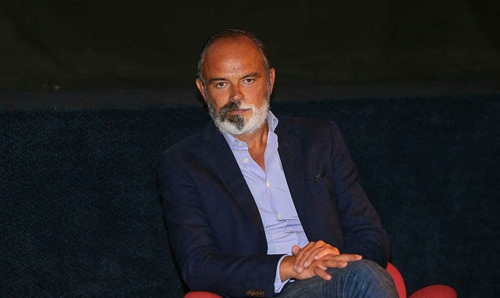 """Edouard Philippe va adapter en série son roman """"Dans l'ombre"""""""