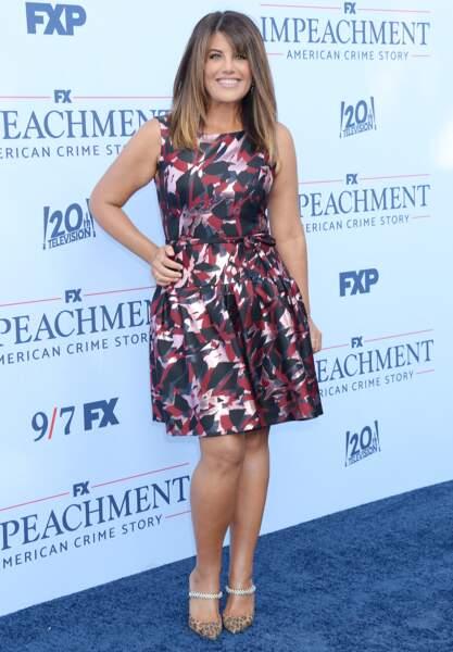 """Pour la première de """"Impeachment"""", saison 3 de la série American Crime Story, Monica Lewinsky a fait sensation dans une robe graphique, à Los Angeles, le 1er septembre 2021."""