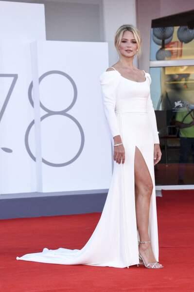 Virginie Efira en robe longue fendue Dior, le 1er septembre 2021