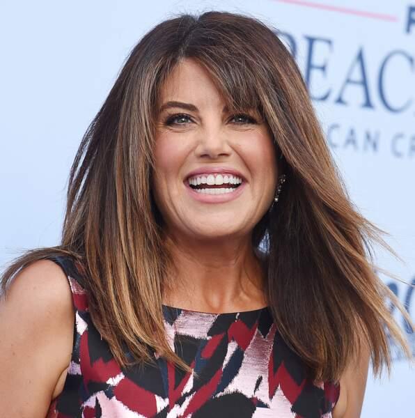 """Monica Lewinsky resplendissante dans une robe patineuse fleurie pour assister à la première de """"Impeachment"""", saison 3 de la série American Crime Story à propos de l'affaire Monica Lewinsky, à Los Angeles, le 1er septembre 2021."""