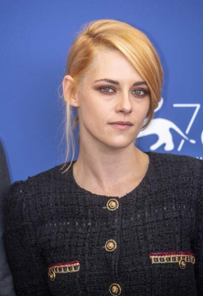 Kristen Stewart et un blond vénitien qui change vraiment son visage