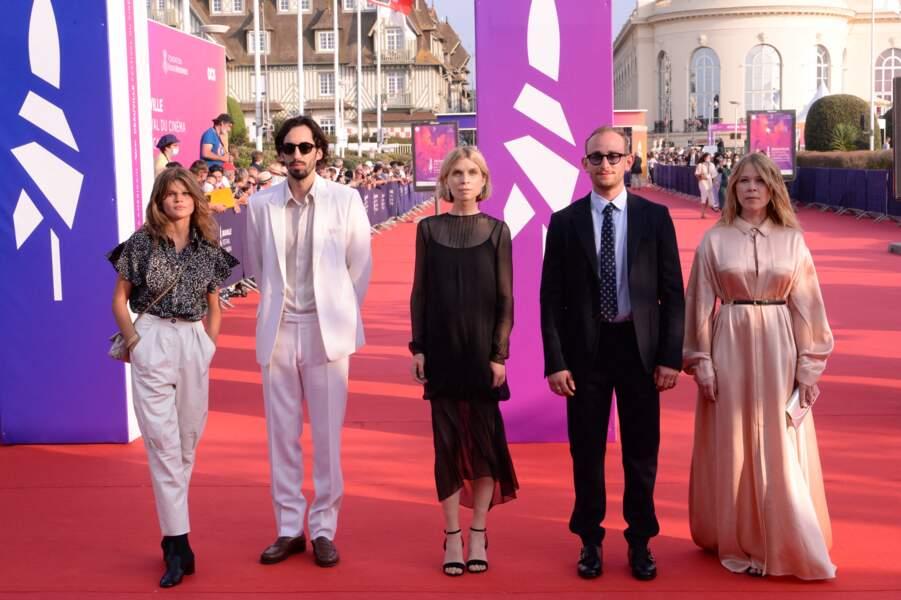 Les membres du jury de la révélation lors de la cérémonie d'ouverture de la 47ème édition du festival du Cinéma Américain de Deauville, France, le 3 septembre