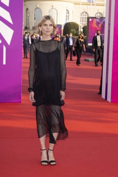 Clémence Poésy avec son ventre arrondi sur le tapis rouge du festival du Cinéma Américain de Deauville, le 3 septembre