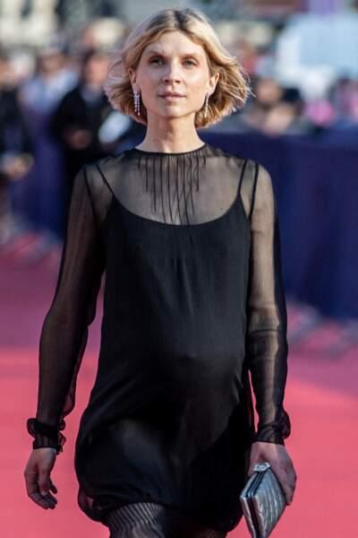 Clémence Poésy avec les autres jurés sur le tapis rouge de Deauville, le 3 septembre