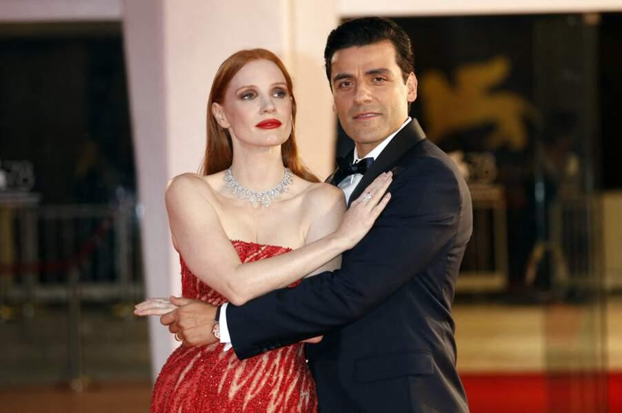 Jessica Chastain et Oscar Isaac lors du photocall du festival international du film de Venise, le 4 septembre