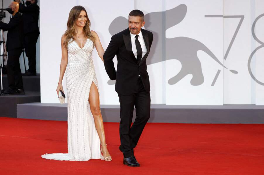 Antonio Banderas et sa compagne Nicole Kimpel sur le tapis rouge de la Mostra de Venise, le 4 septembre