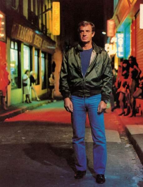 """Jean-Paul Belmondo sur le tournage du film """"Le marginal"""". 1983"""