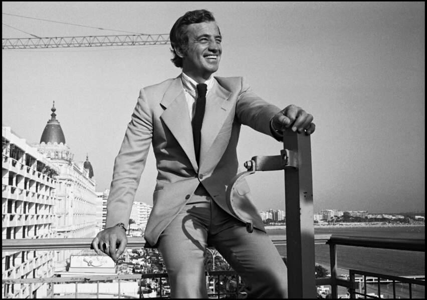 "Jean-Paul Belmondo présente ""Stavisky"" au Festival de Cannes en 1974."