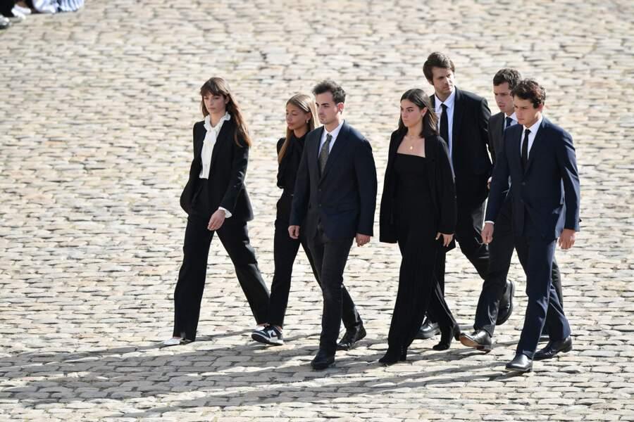 Stella Belmondo, Victor Belmondo, Giacomo, et Alessandro , mais aussi Annabelle Belmondo lors de l'hommage national à Jean-Paul Belmondo dans la cour des Invalides, à Paris, le jeudi 9 septembre 2021.