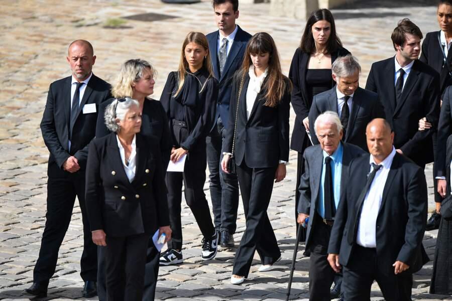 Stella, Annabelle et Paul Belmondo lors de l'hommage national à Jean-Paul Belmondo dans la cour des Invalides, à Paris, le jeudi 9 septembre 2021.