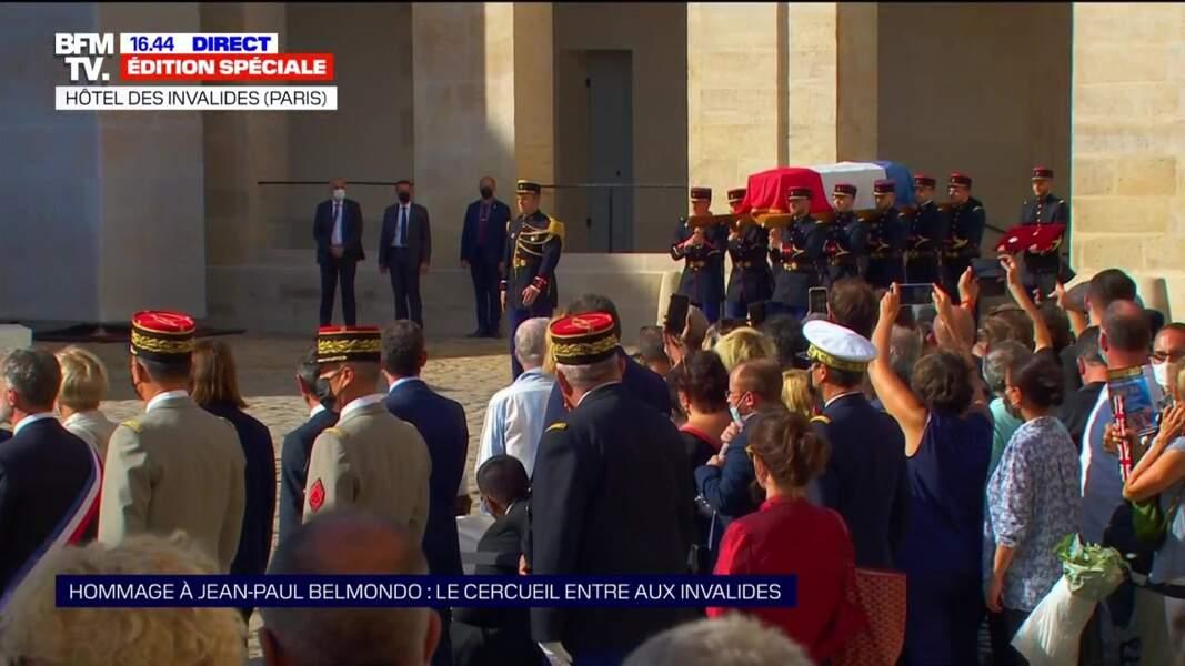 Hommage national à Jean-Paul Belmondo dans la cour des Invalides, à Paris, le jeudi 9 septembre 2021.