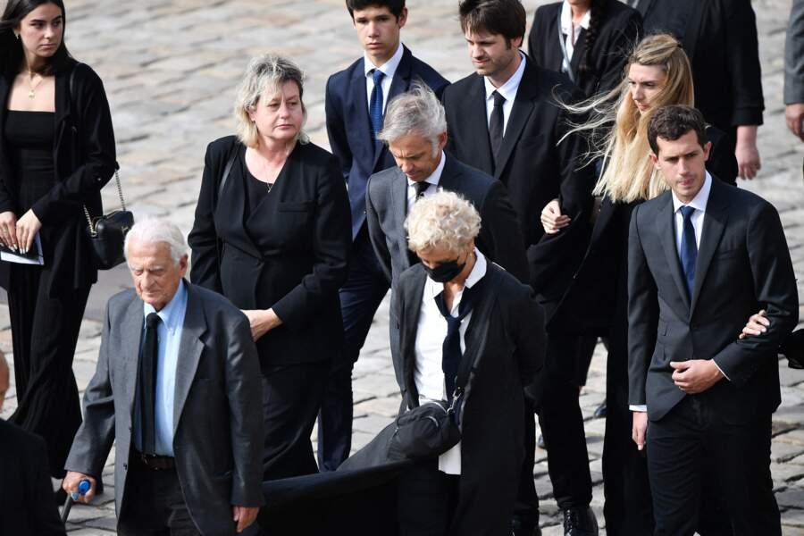 Paul Belmondo et son épouse Luana lors de l'hommage national à Jean-Paul Belmondo dans la cour des Invalides, à Paris, le jeudi 9 septembre 2021