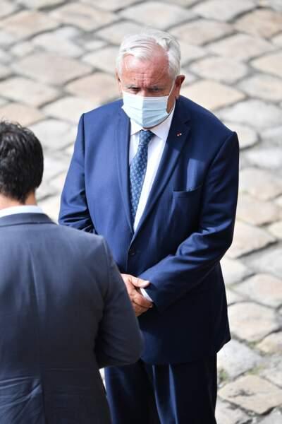 Jean-Pierre Raffarin lors de l'hommage national à Jean-Paul Belmondo dans la cour des Invalides, à Paris, le jeudi 9 septembre 2021.