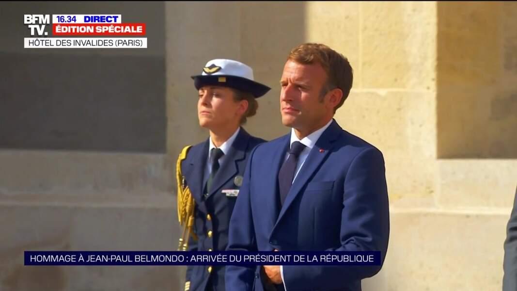 Emmanuel Macron lors de l'hommage national à Jean-Paul Belmondo dans la cour des Invalides, à Paris, le jeudi 9 septembre 2021.