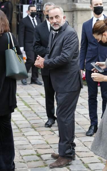 Antoine Duléry à son arrivée aux obsèques de Jean-Paul Belmondo, à l'église Saint-Germain-des-Prés, à Paris, le 10 septembre 2021