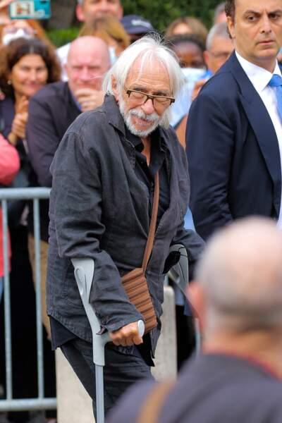 Pierre Richard à son arrivée aux obsèques de Jean-Paul Belmondo, à l'église Saint-Germain-des-Prés, à Paris, le 10 septembre 2021