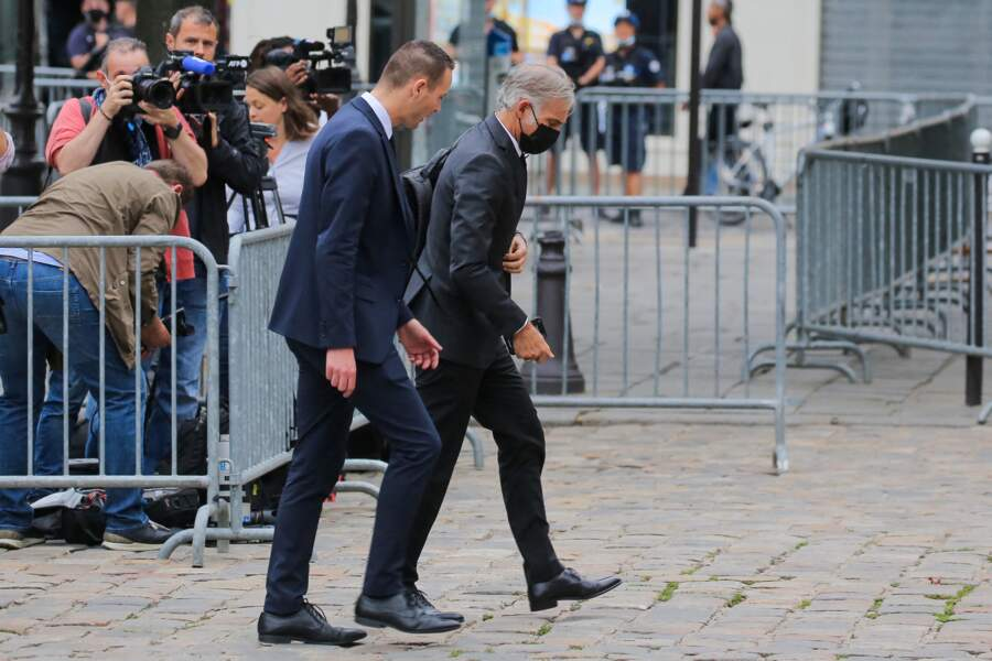 Paul Belmondo à son arrivée aux obsèques de Jean-Paul Belmondo, à l'église Saint-Germain-des-Prés, à Paris, le 10 septembre 2021