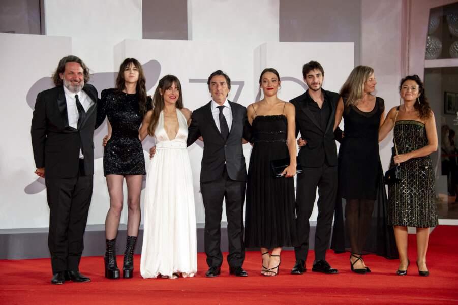 Olivier Delbosc, Charlotte Gainsbourg, Audrey Dana, Yvan Attal, Suzanne Jouannet, Ben Attal à Venise, le 9 septembre 2021.