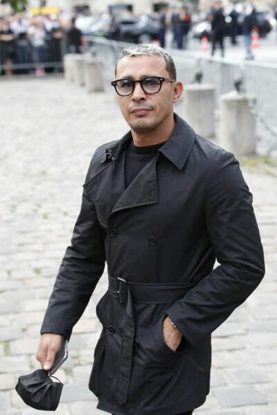 Brahim Asloum à son arrivée aux obsèques de Jean-Paul Belmondo, à l'église Saint-Germain-des-Prés, à Paris, le 10 septembre 2021