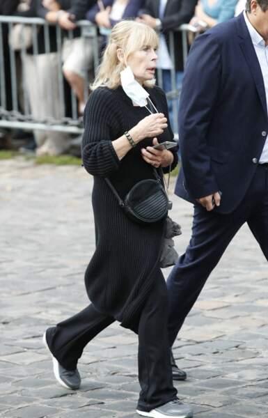 Candice Patou à son arrivée aux obsèques de Jean-Paul Belmondo, à l'église Saint-Germain-des-Prés, à Paris, le 10 septembre 2021
