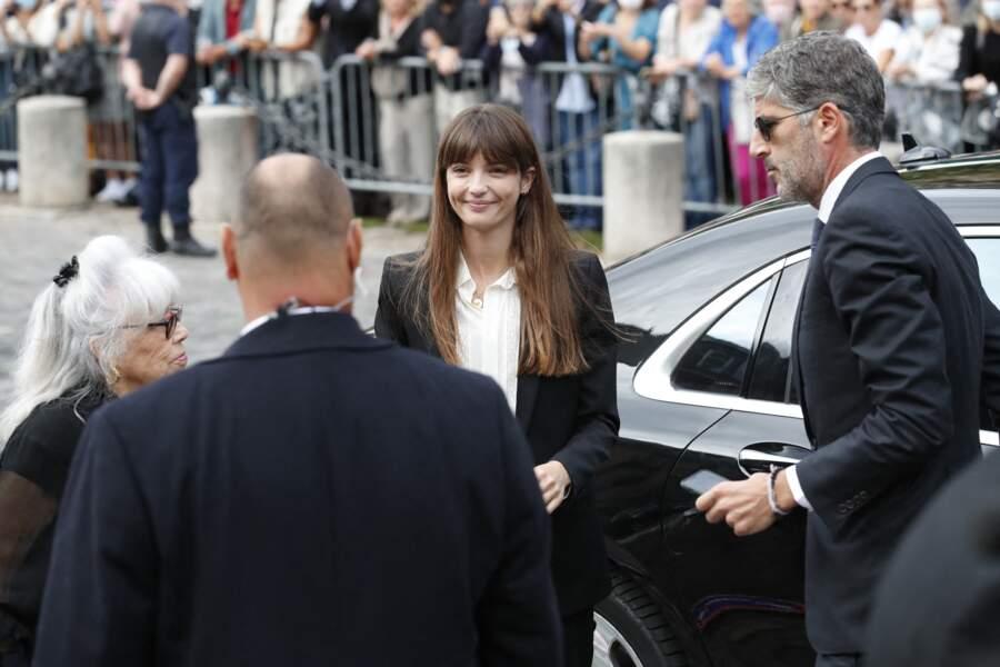 Annabelle Belmondo à son arrivée aux obsèques de Jean-Paul Belmondo, à l'église Saint-Germain-des-Prés, à Paris, le 10 septembre 2021