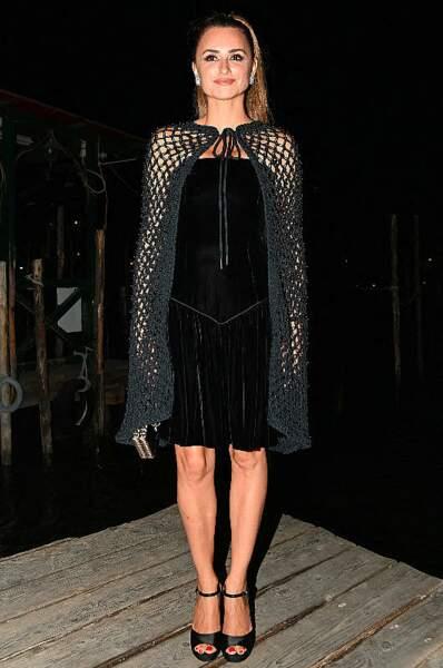 Son look avait été particulièrement envoûtant lors de la soirée Chanel organisée pour les acteurs du festival vénicien.