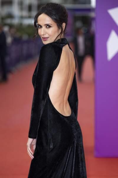 """Amelle Chahbi, étincelante, à la première du film """"Dune"""" lors de la 47éme édition du Festival du Cinéma Américain de Deauville le 10 septembre 2021."""