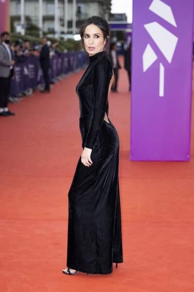 Amelle Chahbi a foulé le tapis rouge du Cinéma Américain de Deauville le 10 septembre 2021.