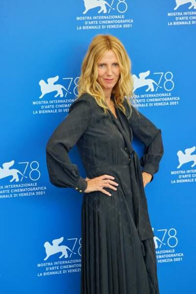"""Sandrine Kiberlain lors du photocall du film """"Un autre monde"""" à Venise"""