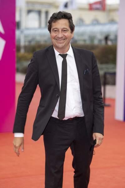 Laurent Gerra est apparu tout sourire lors du Festival du Cinéma Américain de Deauville le 10 septembre 2021.