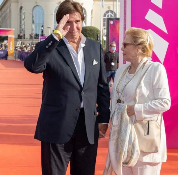 Sylvie Vartan et Tony Scotti sont arrivés au 47e Festival de Deauville, le 11 septembre 2021.