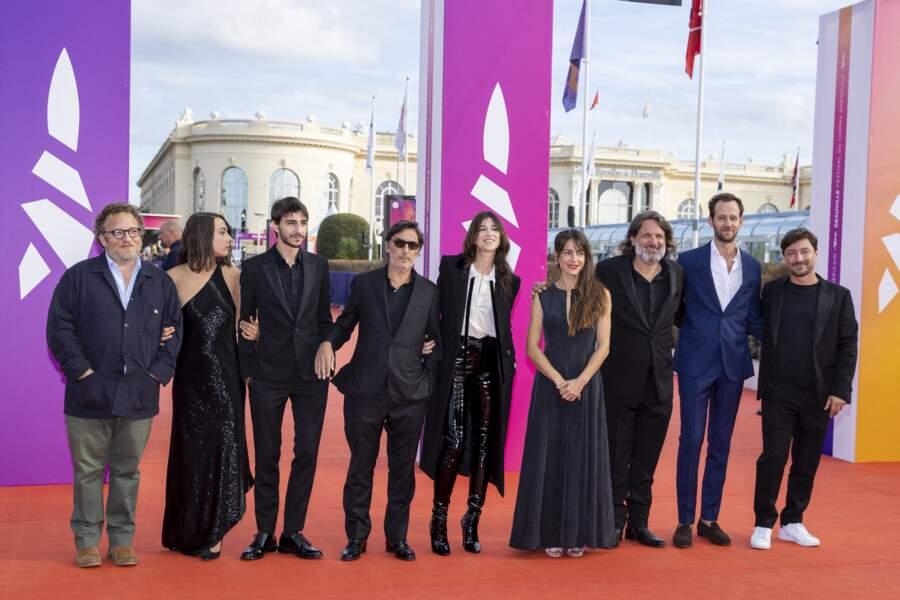 """L'équipe du film """"Les choses humaines"""" autour de Charlotte Gainsbourg, à Deauville"""