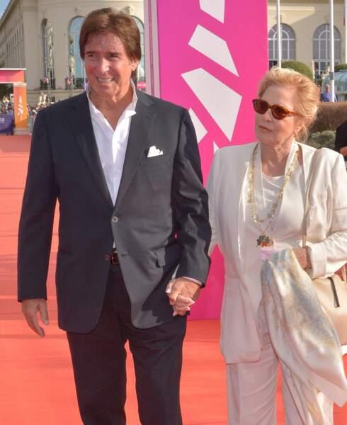 Sylvie Vartan et Tony Scotti souriants lors de la cérémonie de clôture du 47e Festival de Deauville, le 11 septembre 2021.