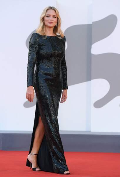 Virginie Efira a fait un sans-faute avec sa sublime robe sur le tapis rouge de la Mostra, ce 11 septembre