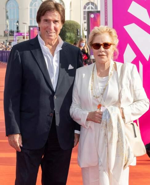 Sylvie Vartan et Tony Scotti assortis  lors de la cérémonie de clôture du 47e Festival de Deauville, le 11 septembre 2021.