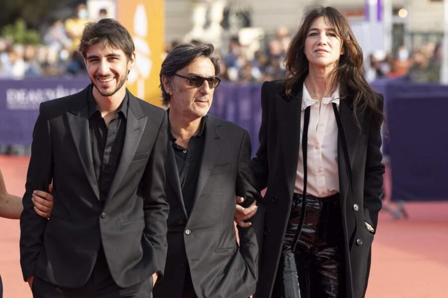 Ben Attal, Yvan Attal et Charlotte Gainsbourg réunis lors Festival du Cinéma Américain de Deauville