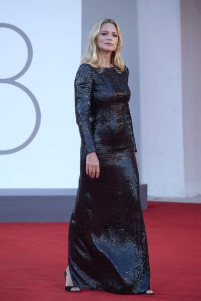 Virginie Efira a envoûté le tapis rouge de la Mostra de Venise, ce samedi 11 septembre